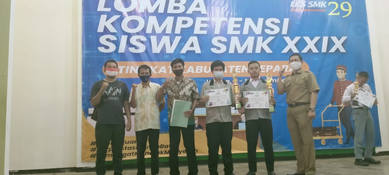 Juara 3 LKS Web Technology & LKS IT Network Administrator