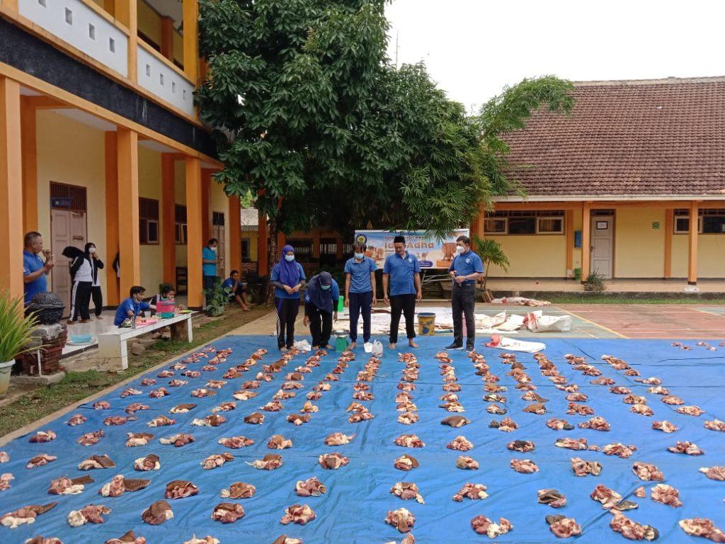 Kegiatan Qurban di SMK Wikrama 1 Jepara